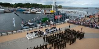 Święto Wojska Polskiego w usteckim porcie morskim - ustka24.info