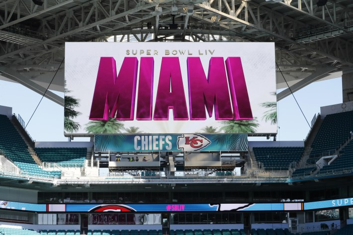 Chiefs Fans Going To Miami For Super Bowl Liv Are Paying throughout Super Bowl Miami Stadium