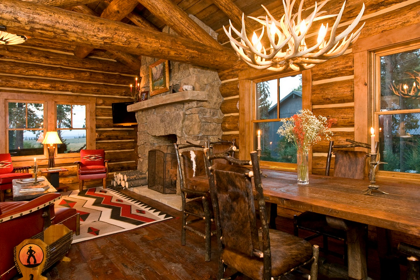 Cute & Cosy Cabin: Beautifully Warm Home Has Traditional