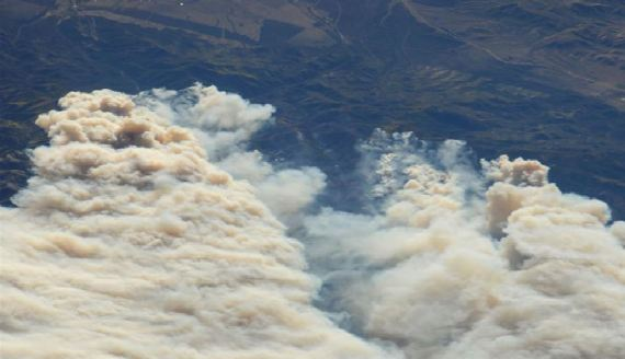 Figure 1. The Twitchell Fire photographed from the International Space Station (NASA Image of the Day for September 20th, 2010).