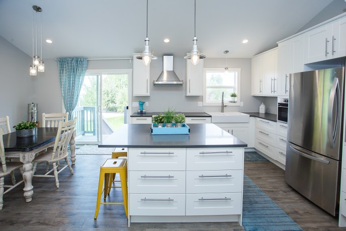 Remodeled kitchen, blue and white, Murray Real Estatate Photographer
