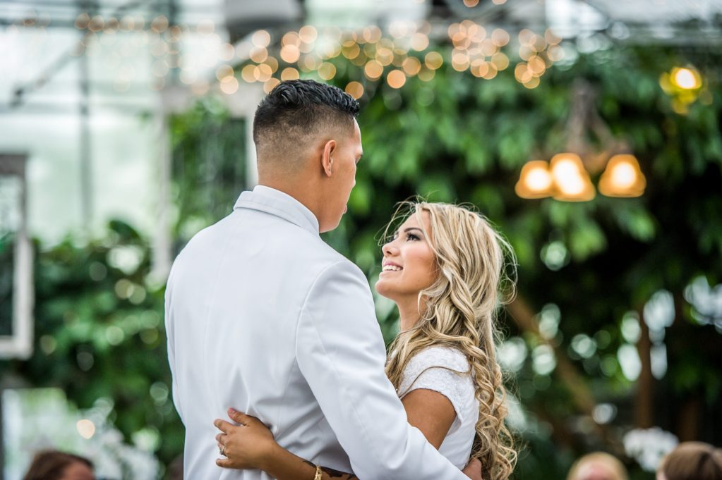first dance Ryan hender photography le garden wedding venue sandy utah