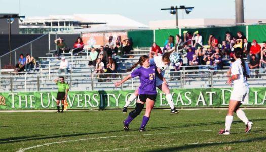 Women's soccer dominate LeTourneau, win 6-0