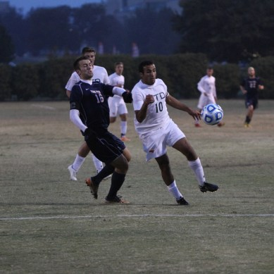 Men's soccer advances to next round of NCAA tourney
