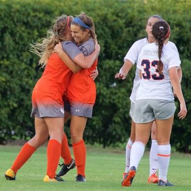 Women's soccer achieves 9-game winning streak