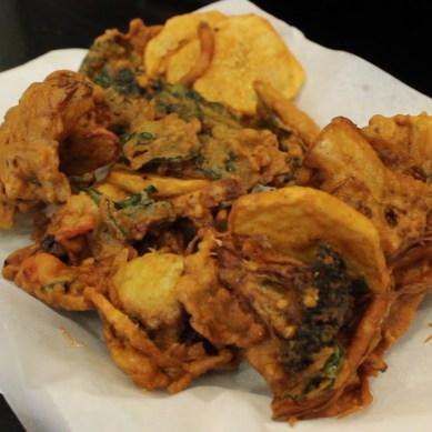 Pakora: Deep-fried vegetables