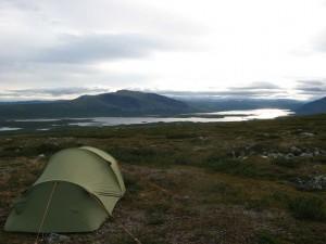 Tältning vid Båråktjåhkkå