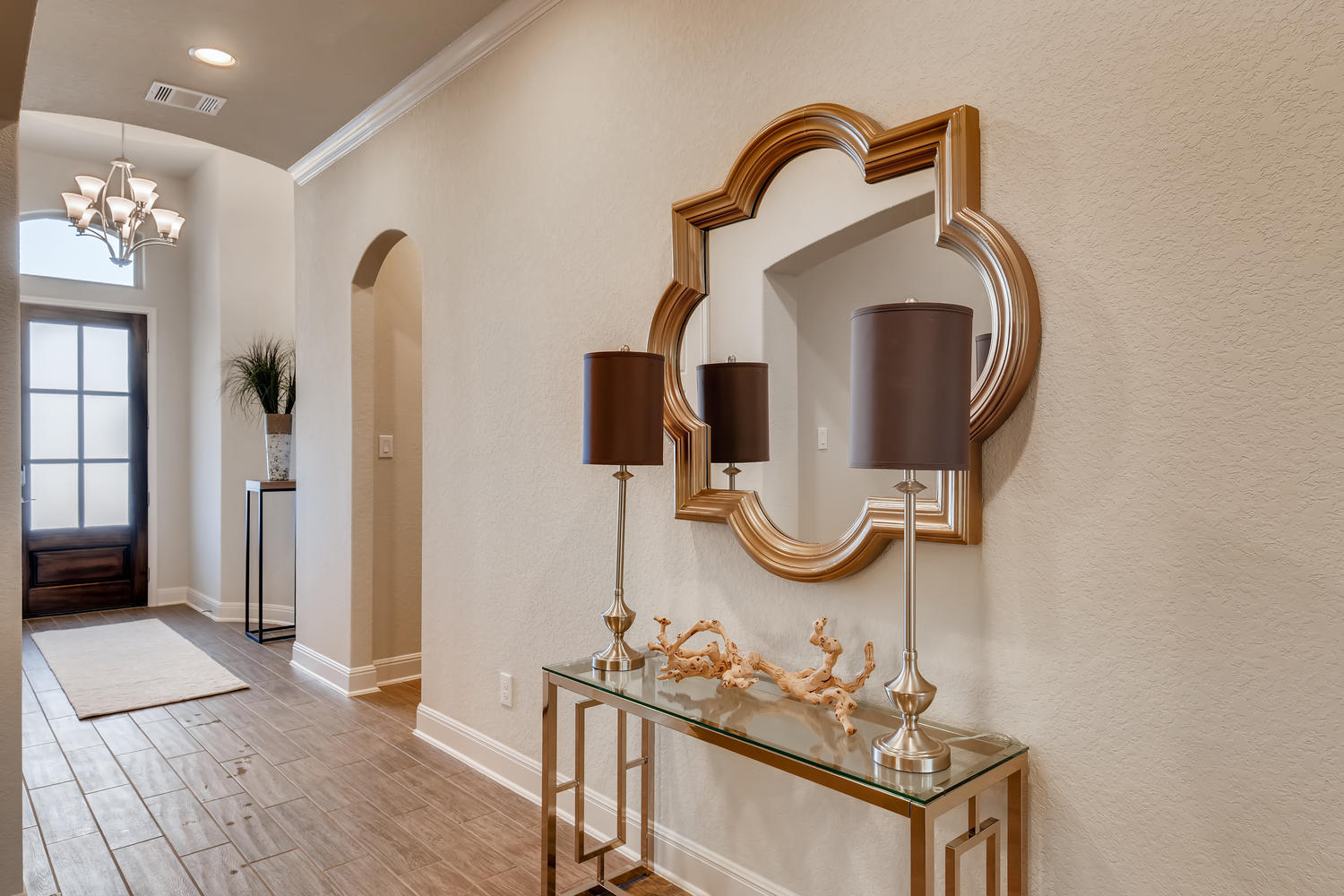 Full home staging in Las Vegas, Nevada, featuring a staged entryway