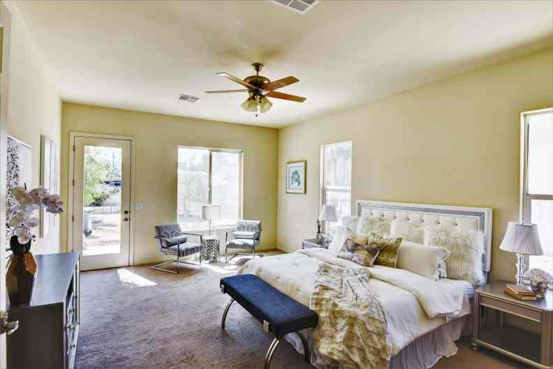 Lisitano Street Utopia Home Staging Las Vegas After Owner Suite2 1