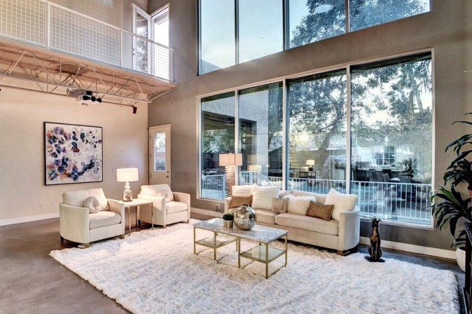 Set your Vegas luxury real estate listing apart with home staging