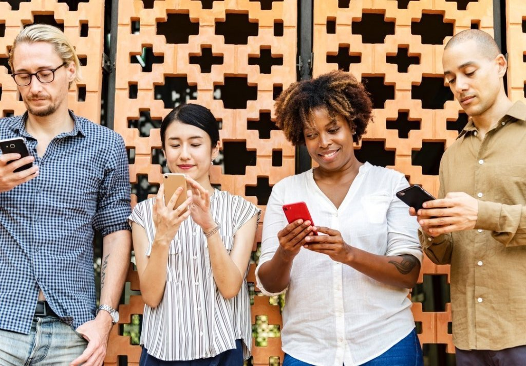 Make Meaningful Connections With Customers on Social Media