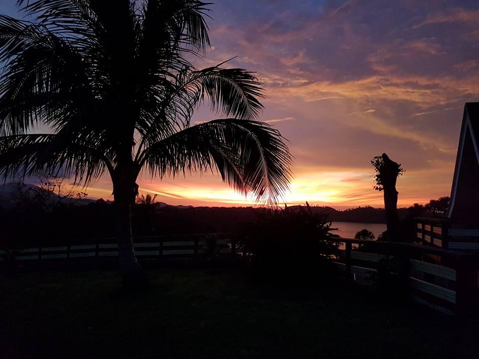 utopia-resort-puerto-galera-views-10