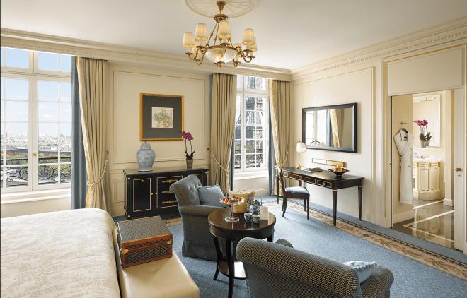 Shangri La Paris Review by Utravlr