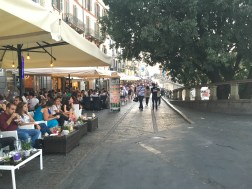 Blatant people watching at apertivo, Navigli
