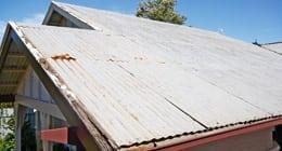 Rusty-tin-roof_260
