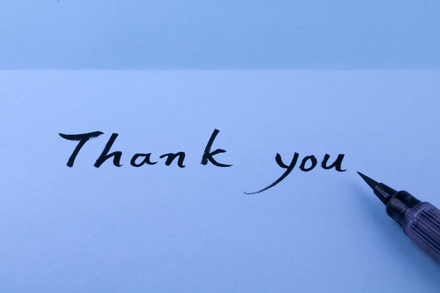 A picture of a handwritten thank you note.