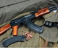 Uvira, une arme Ak 47 abandonnée par les voleurs a mains armées dans un domicile