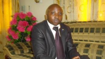 Communiqué: BENJAMIN B. KINGWENGWE chef wa SONAS uvira hayupo tena.