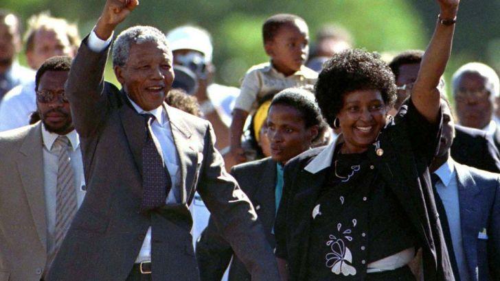 C'ÉTAIT: un 11 février, comme aujourd'hui…Nelson Mandela est libéré de prison.