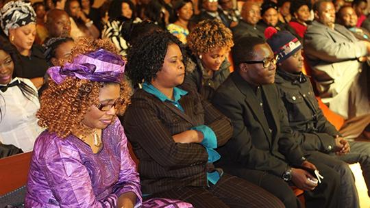 Remerciement & Photos: Kifo cha mama Nyota, Pastor Shemu na jamaa lake wanawashukuru