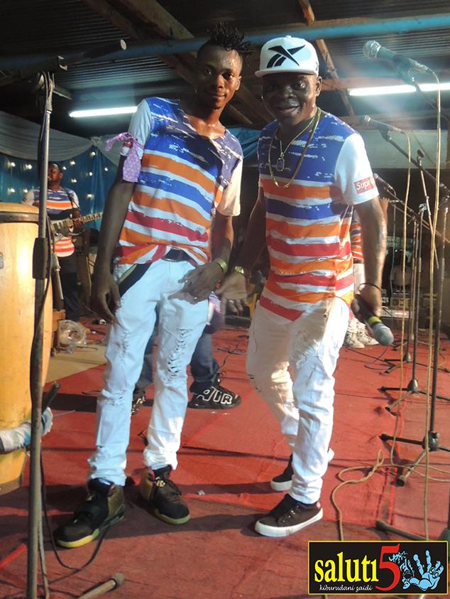 Kulia ni Dogo Rama ndani Amani Kwanza Band