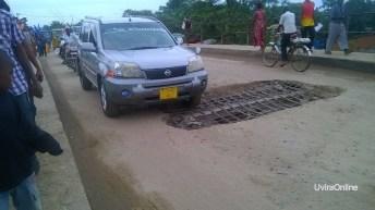 Uvira-RDC: Le pont de la rivière Mulongwe en état de délabrement total