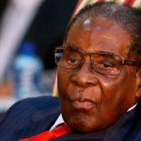 Zimbabwe : Mugabe visite un hôpital de Singapour