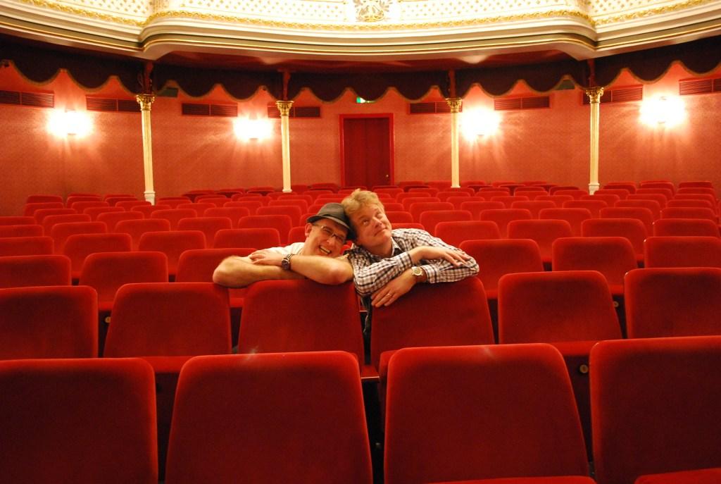 Die Ruhe vor der Sturm - kurz vor dem Auftritt ist innere Einkehr angesagt. (Foto: Visser)