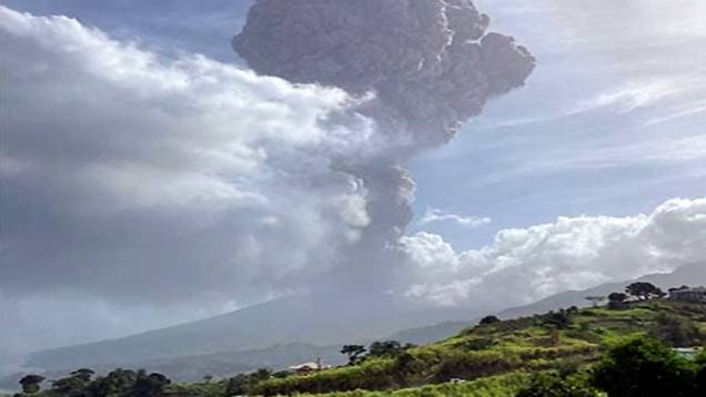 la-soufriere-volcano-eruption