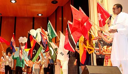 COMMENTARY; GOING MULTICULTURAL: THE BEST HOPE FOR THE WORLD