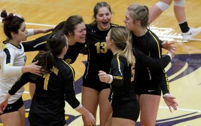 Volleyball comeback falls short in UMAC semis; Five players earn All-UMAC honors