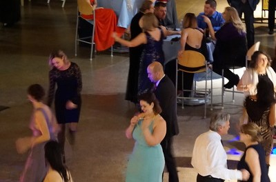 Alumni Association hosts annual Holiday Ball