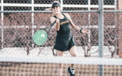 Men's tennis sweeps Minnesota Morris; Women lose 6-3