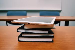 books-classroom-college-289738