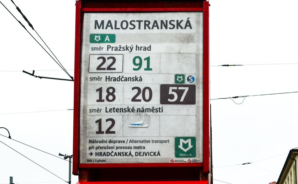 Транспорт в Праге. Остановка. Расписание