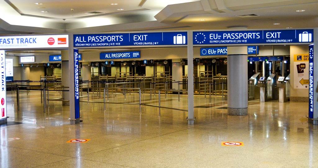 Прага. Аэропорт. Пограничный контроль