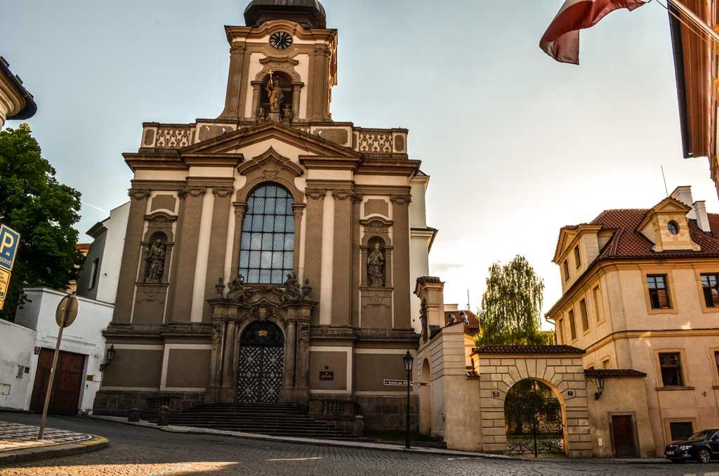 Прага. Градчаны. Достопримечательности. Церковь Святого Яна Непомуцкого