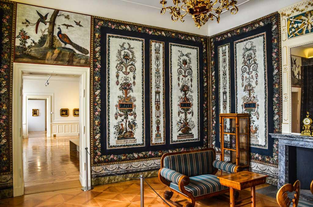 Прага. Градчаны. Экспозиция Салмовского дворца