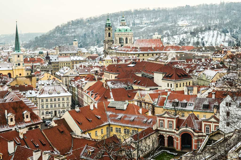 Прага 1. Вид на Малую Страну с Градчанской площади