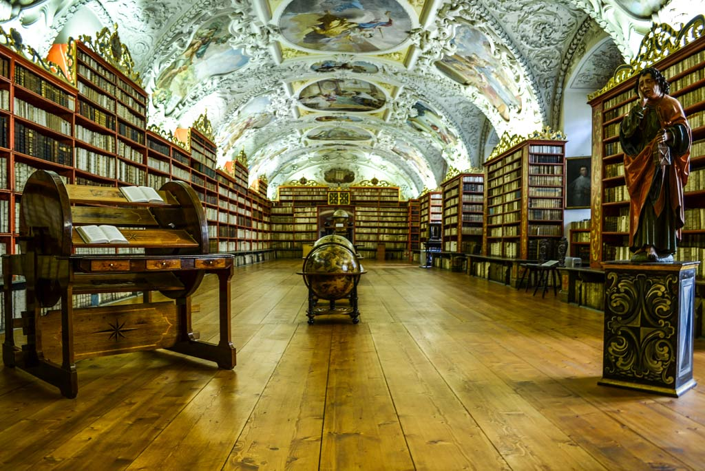 Страговский монастырь. Теологический зал библиотеки