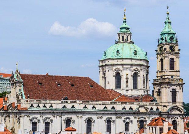 Прага. Церковь Св. Николая (Kostel sv. Mikuláše)