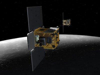 """İkiz Uzay Araçları """"Ebb"""" ile """"Flow"""" Ay'a Düşerek Son Görevlerini Tamamladı"""