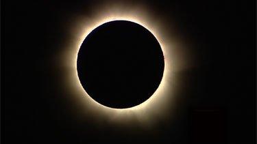 Kuzey Avustralya'da Güneş Tutulması