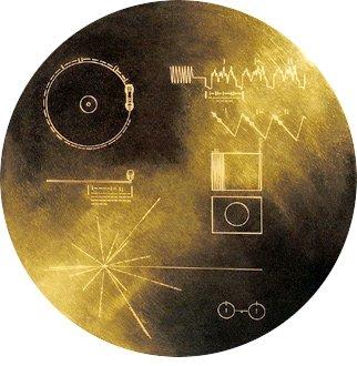Voyager'da bulunan ve gezegenimizdeki yaşam, insanlık kültürü ve tarihi ile ilgili kayıtları içeren Altın Plak.
