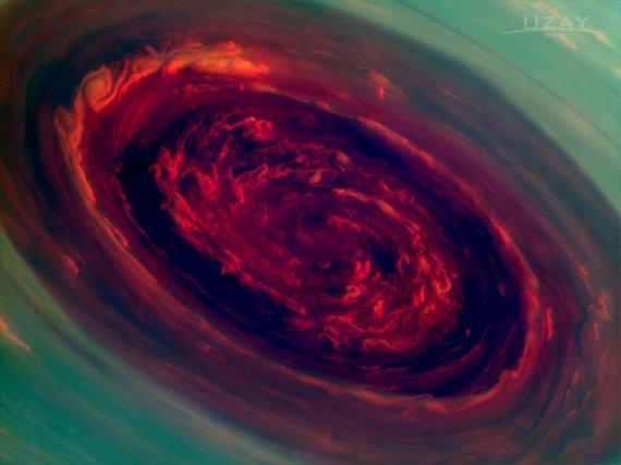 Satürn'de Muhteşem Kasırga