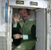 Astronotlar Uzay'da Nasıl Uyuyor ?