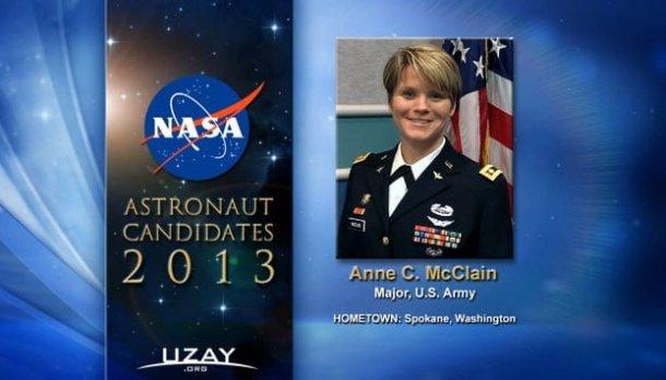 Anne C.McClain, 34 Yaşında - Binbaşı, ABD Ordusu