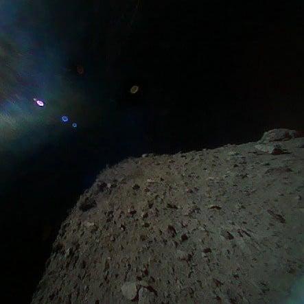Japon Uzay Aracı Hayabusa2 Asteroit İnişini Gerçekleştirdi