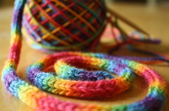 Пряжа для вязания шнура крючком