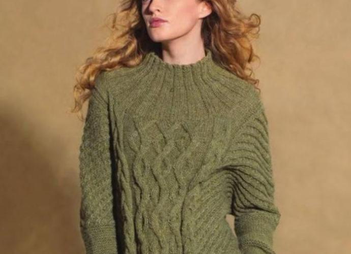 Вязание для женщин Пуловер спицами с удлиненной линией плеча